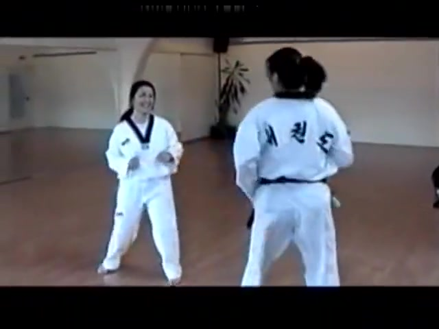 Karate Girls Amateur teens masturbate