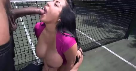 Bootylicious milf Kiara Mia sucking & riding BBC Coventry married women looking in Opava
