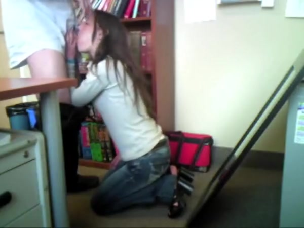 Jennifers Office Building Blow-Bang Free hot young milf galleries