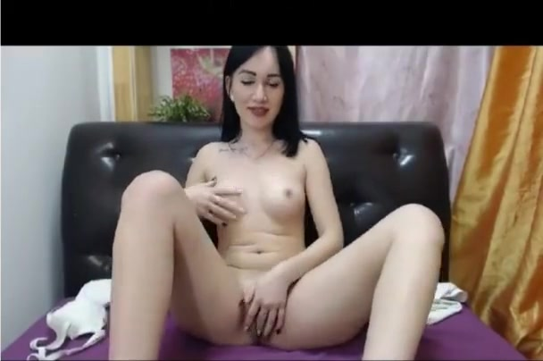 19yo russian chick strips (deleted pvt show)