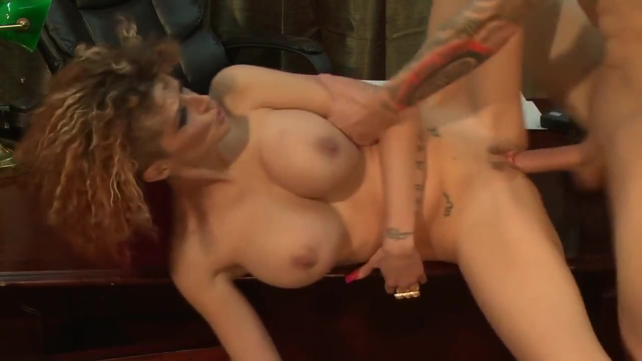 Huge fake tits on Joslyn James