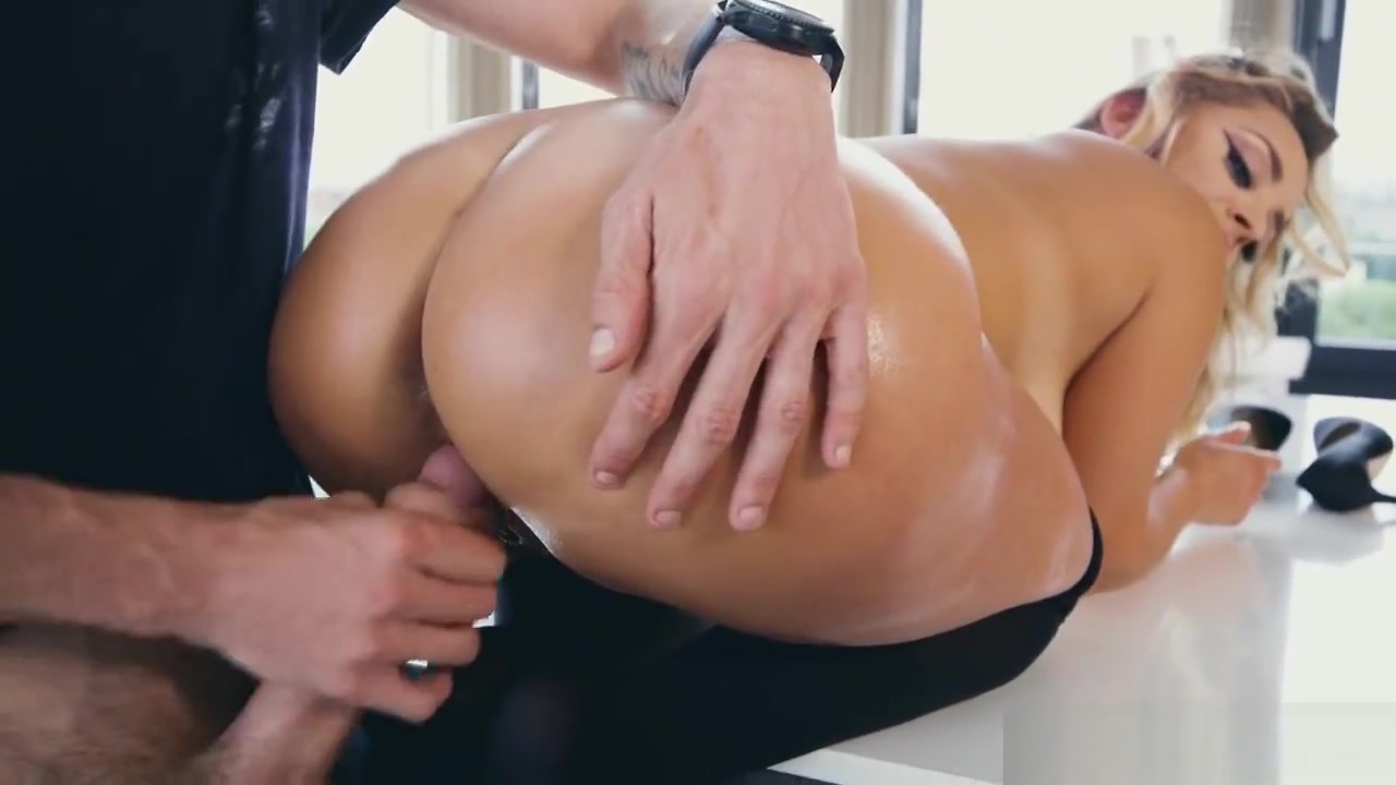 Liza Del Sierra gets her ass oiled up and pounded by Danny D i am a sex machine ready to reload