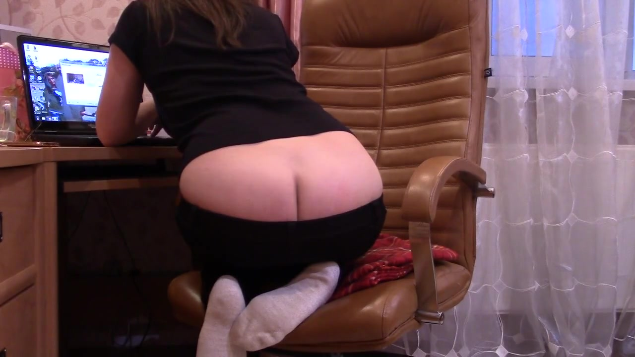 Nice Asscrack Girl On Chair Shows Buttcrack Black big tits on brittney white