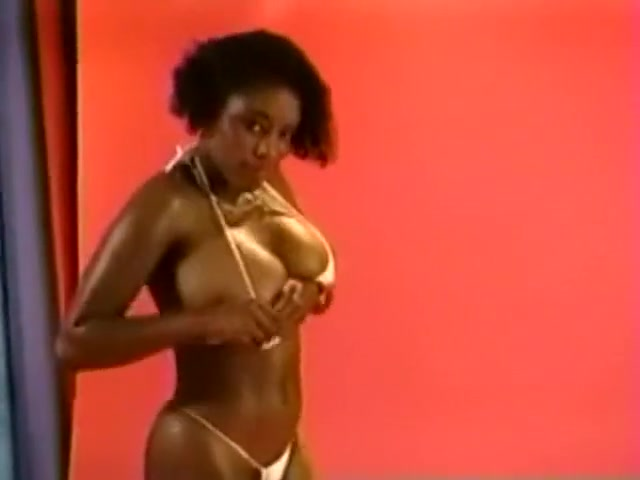 Vintage Legend 1: Ebony Ayes (striptease) alexander gay sex scene colin farrell