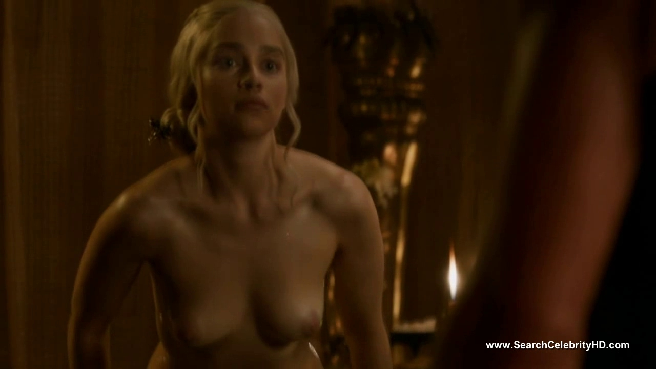 Emilia Clarke undressed - Game of Thrones S3E8 Jiggling tits on top gif