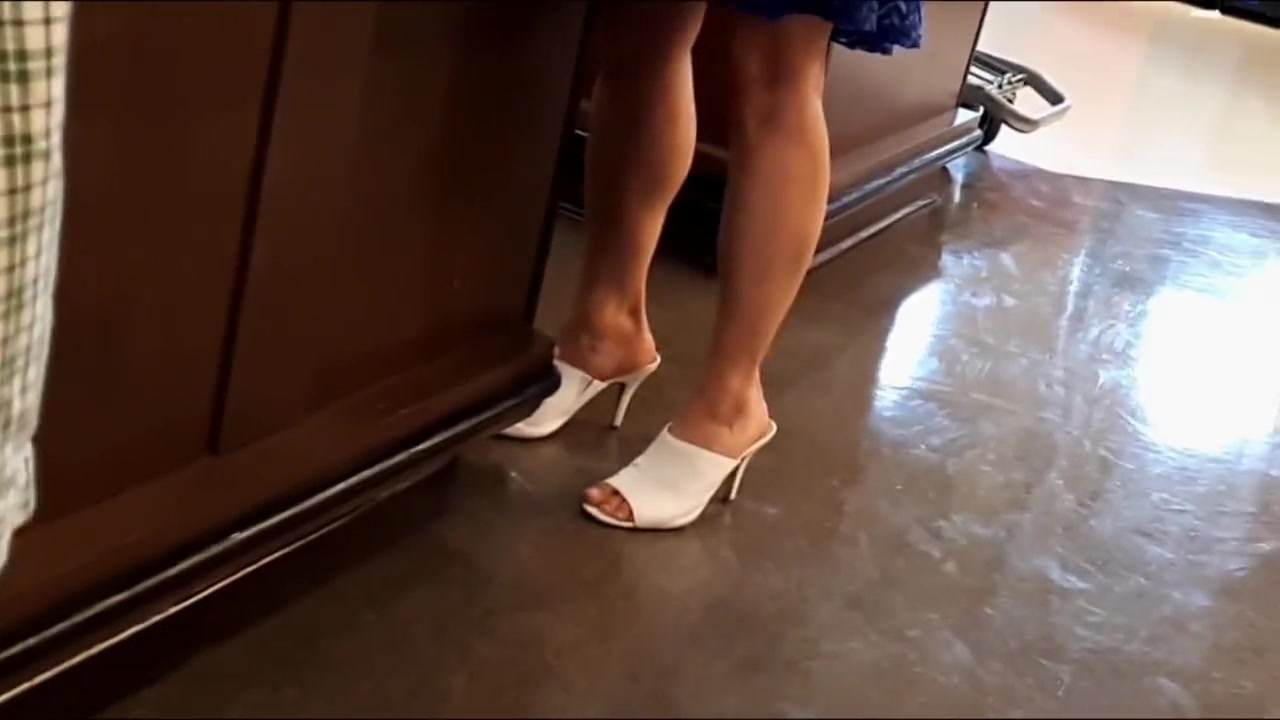Candid Feet 339 Wife posting sites