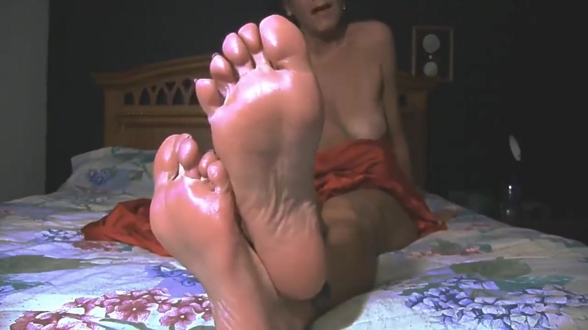 She wants Young Cocks for her soles. chloe couture double penetration
