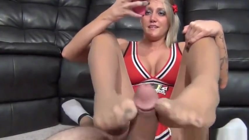 Taylor Raz Ignoring Nylon Footjob! Gay glory hole big cock