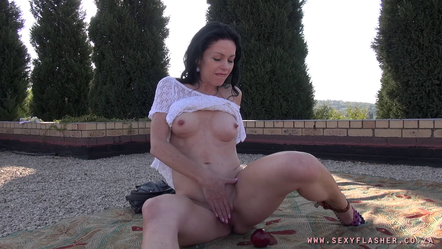 Freya - playing with benwa balls boy gay tube best