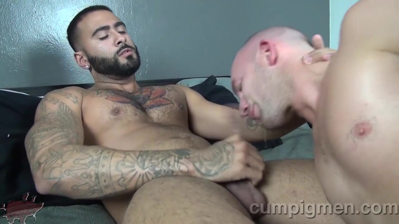 Trit Tyler Blows Latin Stud Rikk York - CumPigMen no nude fuck holes