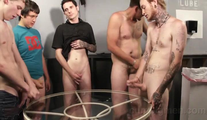 5 Guys cum and eat it - CumPigMen Man fingers and bonks cutie