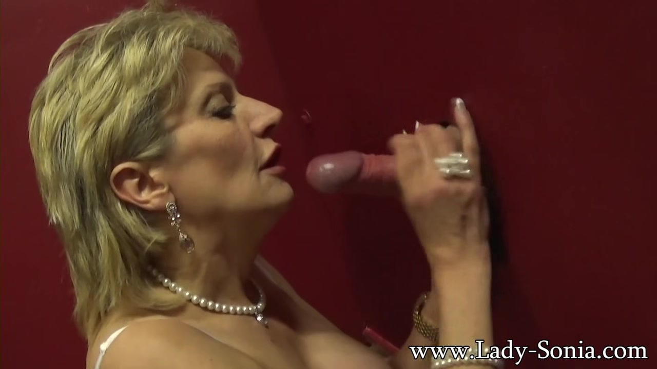 Busty British mature Lady Sonia visits a gloryhole Dominant in relationship tagalog