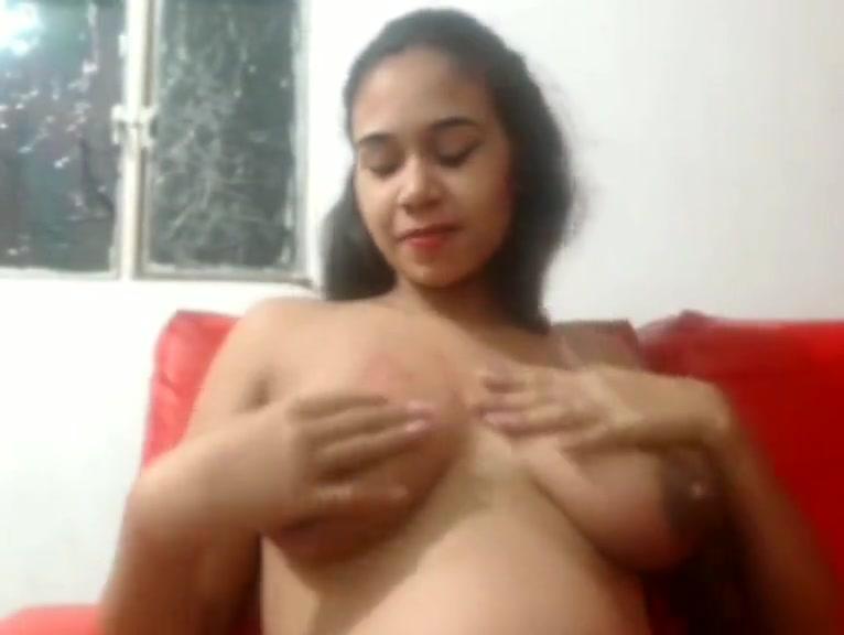 pregnant webcam 4 WeLiveTogether Cumming together