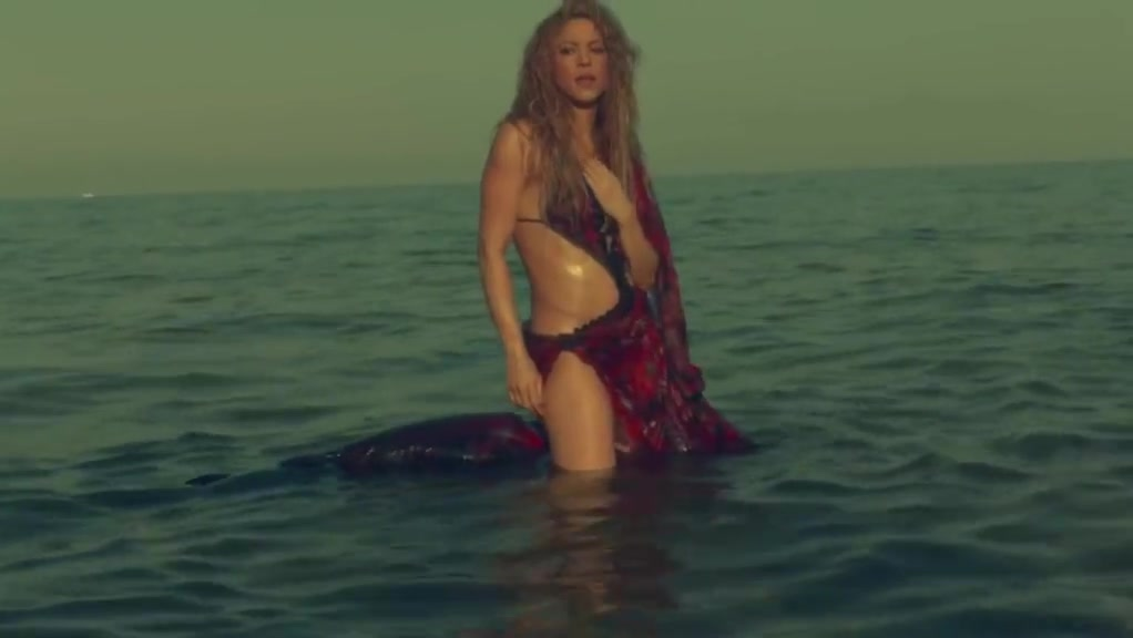 Clandestino - Shakira Porn vergins