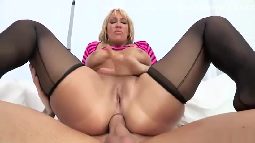 BIG FUCKING ASS Naked teacher in pantiehose