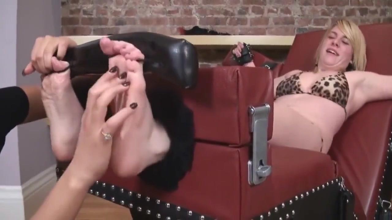 Ticklish Girl Put In Her Place Pakistani Aexmovie
