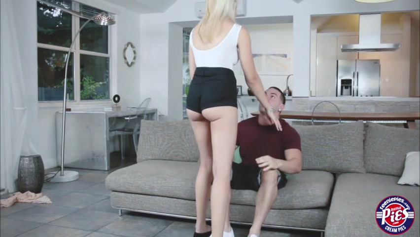 Jessica enjoys fucking her lovers cock