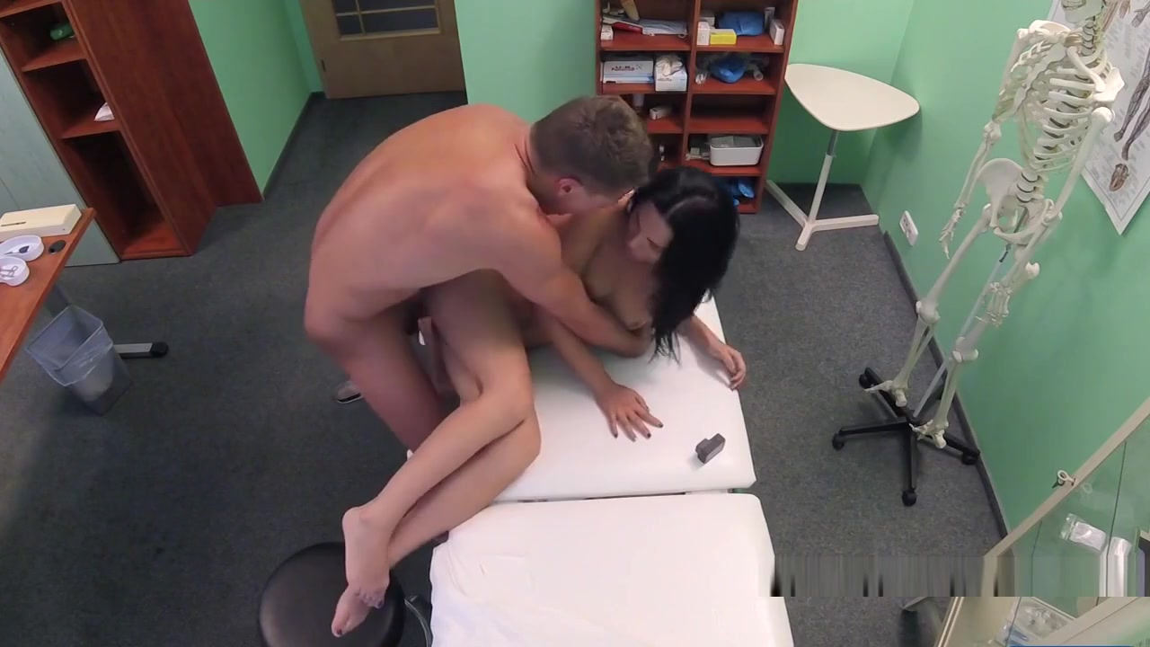 Sexy Tattooed Euro Patient Fucks Doctor kate winslet naked pic