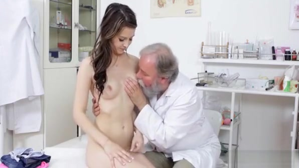 Professional Floozy Decided To Visit Her Horny Doctor