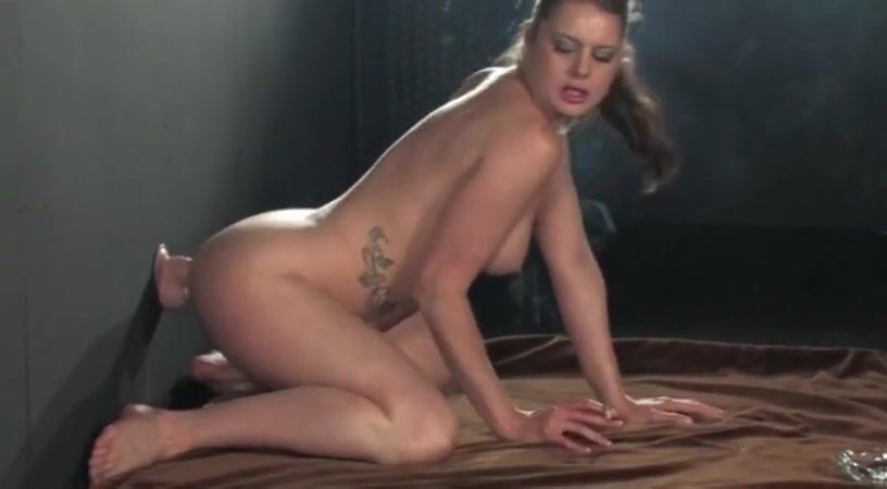 SmokingWhore 03 Nude milf butt