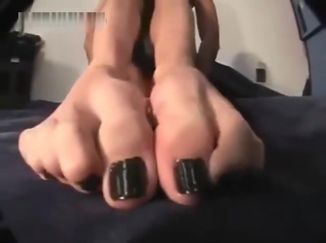 giantess pov kerri Real female masturbation orgasms