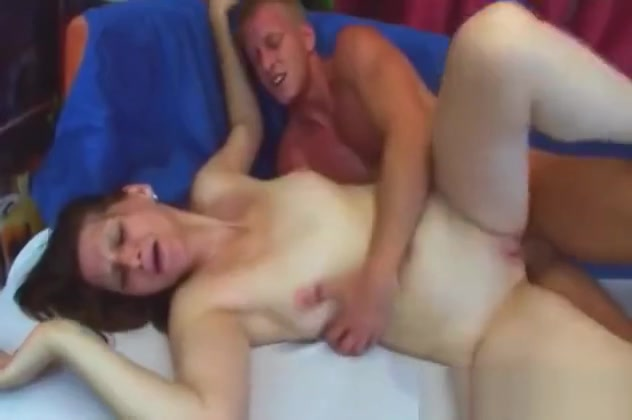 Pale Granny Jindra Gets Filled By Cock Sideways
