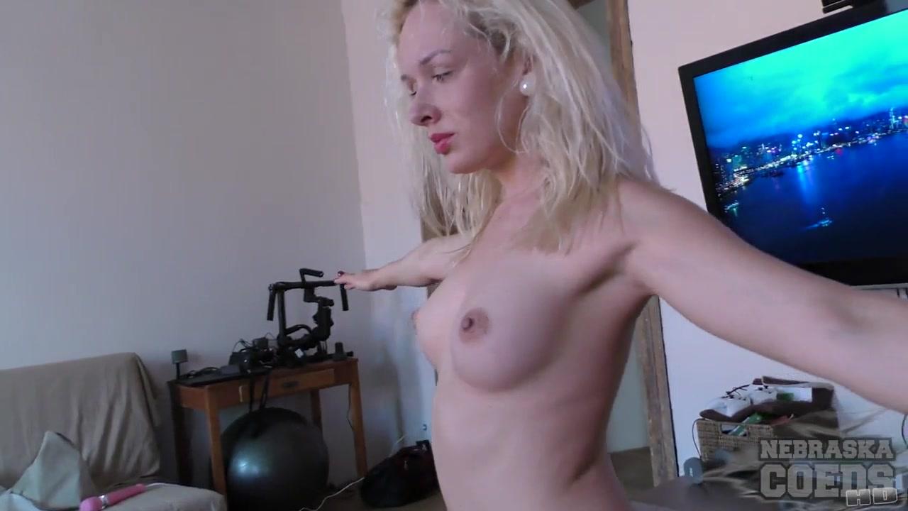 22yo Lucia Hair Dresser Doing Naked Yoga In My Living Room - NebraskaCoeds Amirah Adara enjoys huge cock in her asshole