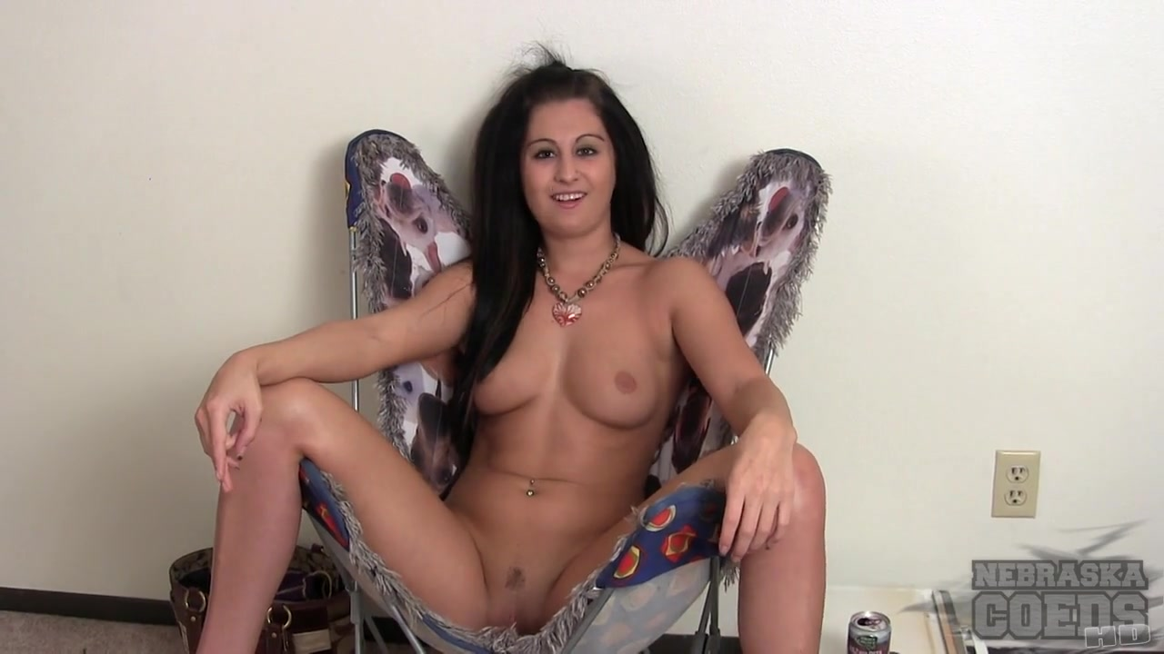 Fresh 18 Year Old Maria Doing First Time Ever Naked on Camera Shot in Her Apartment - NebraskaCoeds mature mothers and daughters