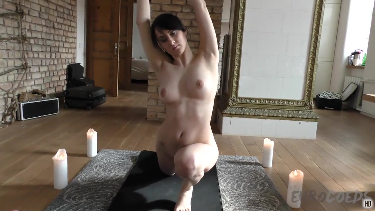 19yo Selena Does Naked Yoga - EuroCoeds how to use a vibrator for an intense orgasm
