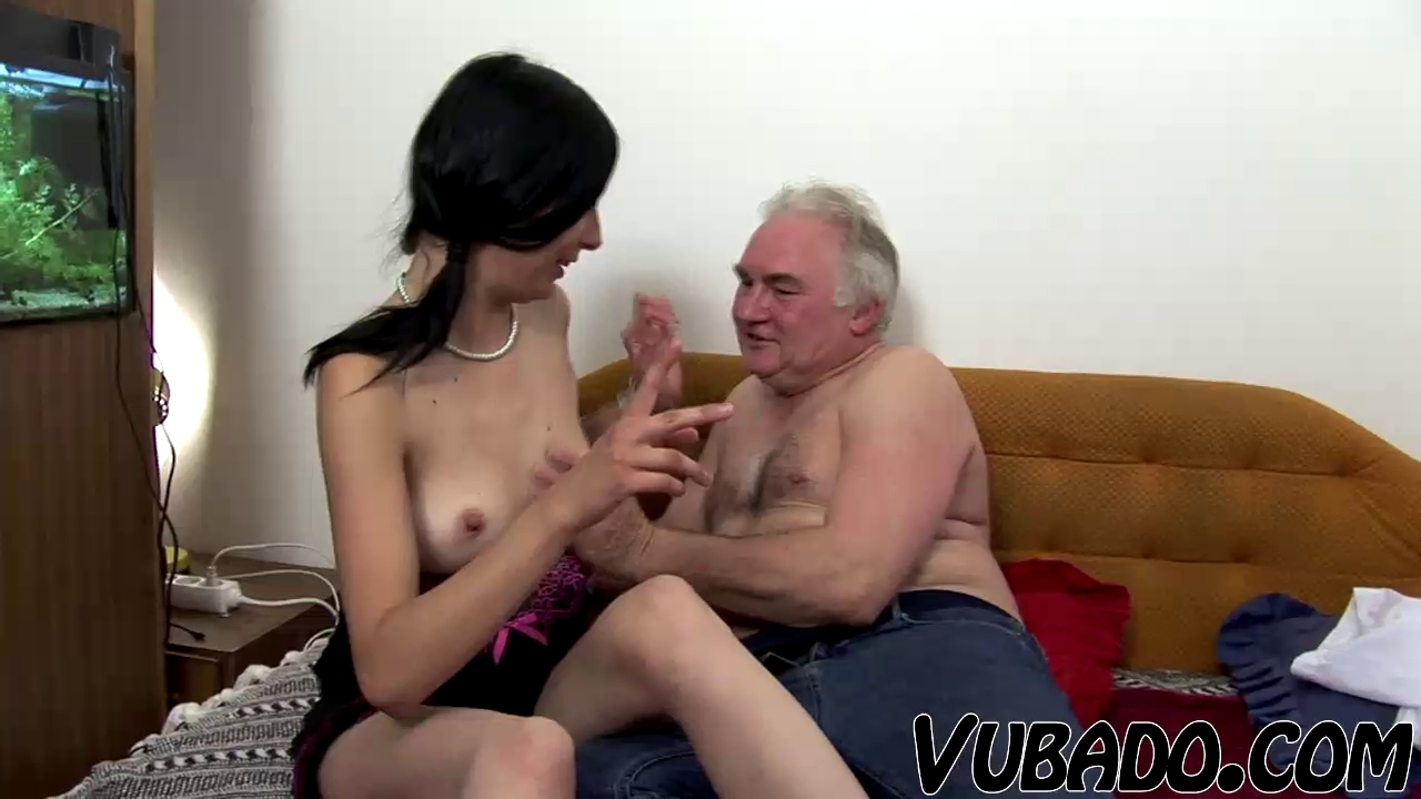 AGED BOY BONKS LEGAL AGE TEENAGER ON DAYBED !! Tiffany Rain Porn