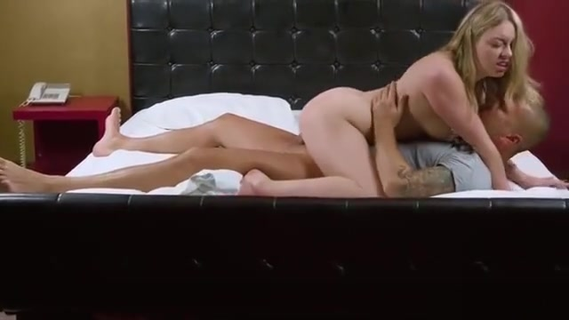 Elegant Cutie Opens Up Tight Pussy And Loses Virginity75rhf