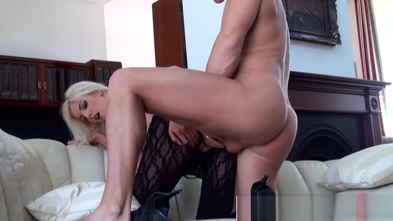 Mofos - Mofos World Wide - Sticking Your Dick women without dress video