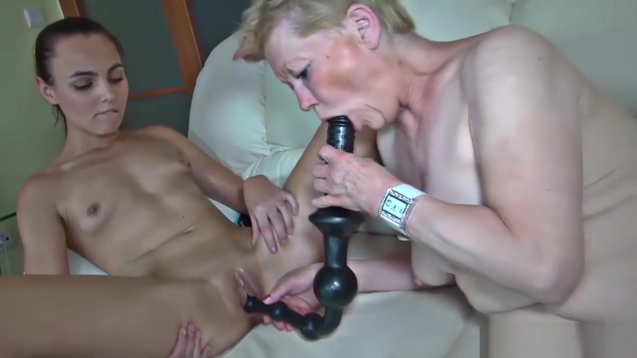 Lesbo Nanny With Her Enthusiast Homemade monster cock anal