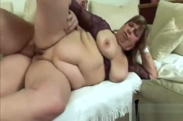 Fat Granny Gives Head And Gets Pounded On Couch Big open cunt pics