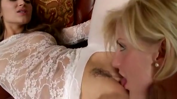 Those Lesbian Sweethearts Adore Eating Each Other Love Holes Mudbone cumshot clips