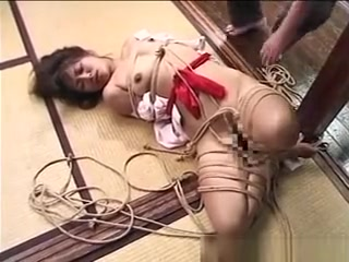 Japanese Stunner Tied Up And Played With free artoon porn videos big tits