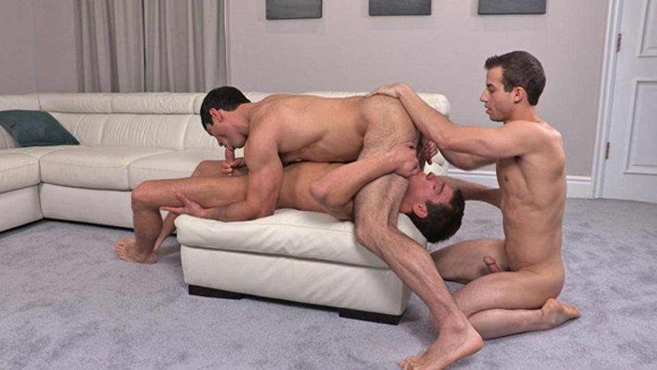 Sean Cody Video: Jordan, Jeffrey & Raymond: Bareback sexy pictures of women hanged
