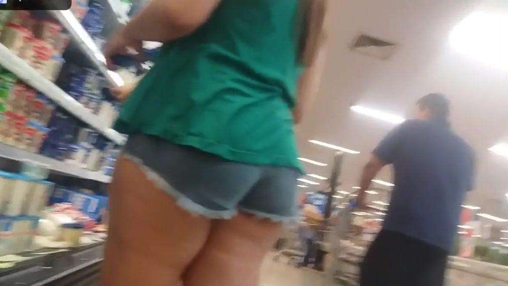 candid asses Mature drunk neighbors wife with big tits