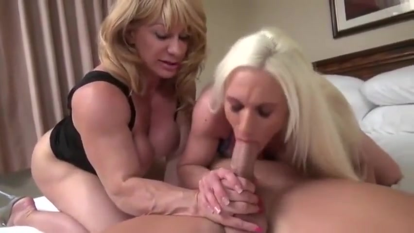 1 guy and 2 muscle Milfs. peeping tom pussy hunter