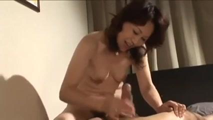 Asian Mom Hentai cute toon lesbo