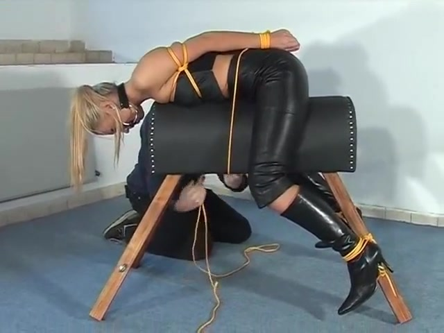 Leather lady tied to the leather horse Mandy dee porno