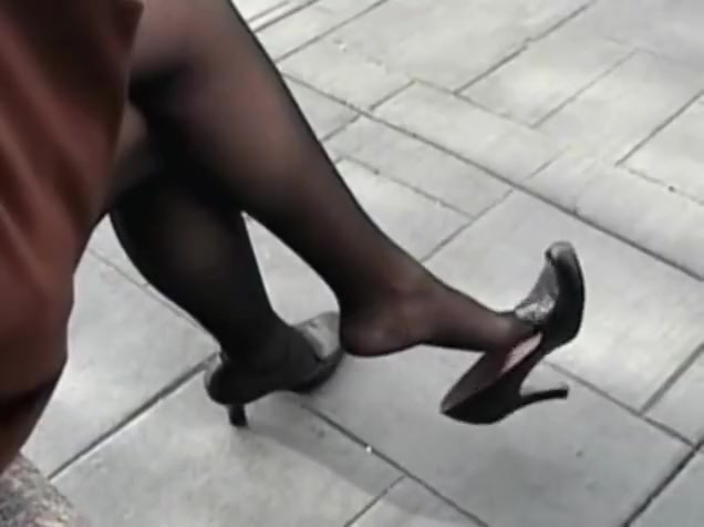 Heel dangle Pussy takes a pounding