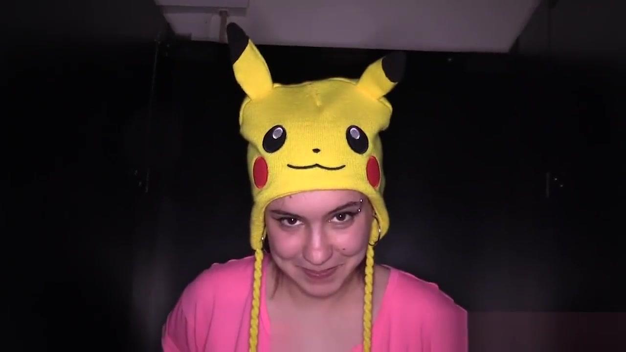 Exxxtrasmall lucky gamer catches and fucks pikachu pokemon