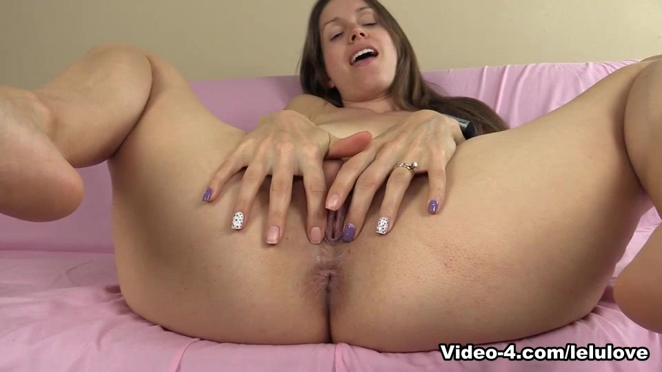 You Fantasizing About Older Women Babe busty fitness hardbodied links picture sexy