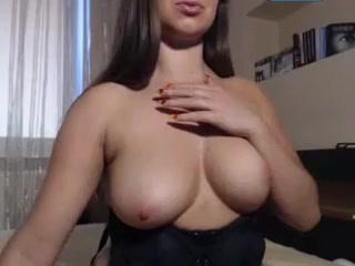 Hot Teen Girl Having Orgasm On Webcam - Pussycamhd.c0m College cheerleader leg kicks pantyhose