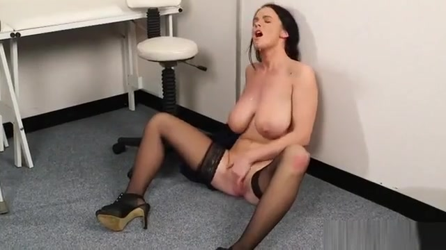 Spicy Centerfold Gets Sperm Load On Her Face Sucking All The nude pictures of jami