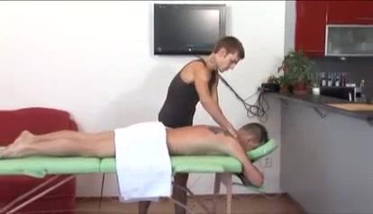Oel, Schweiss und Sperma Nude Nuru Massage Videos
