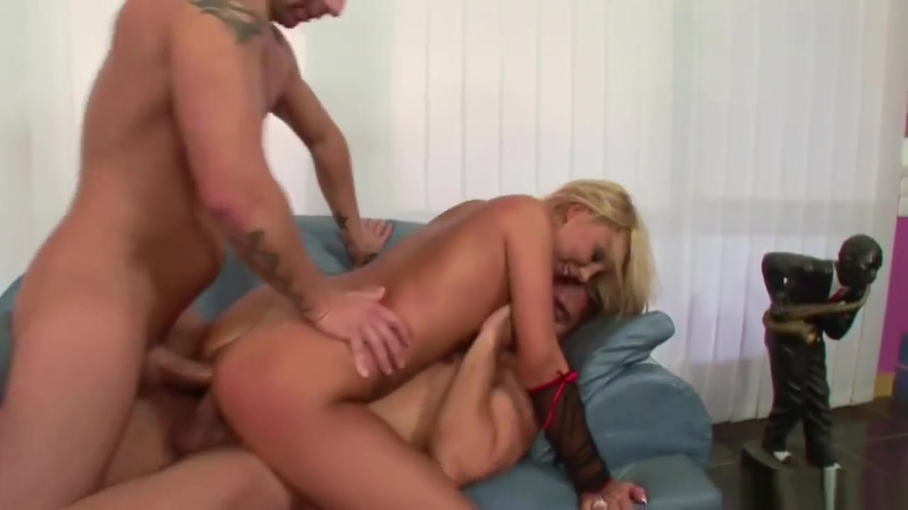 Hot Milf In Hard Dp Anal And Facial Cumshot Threesome