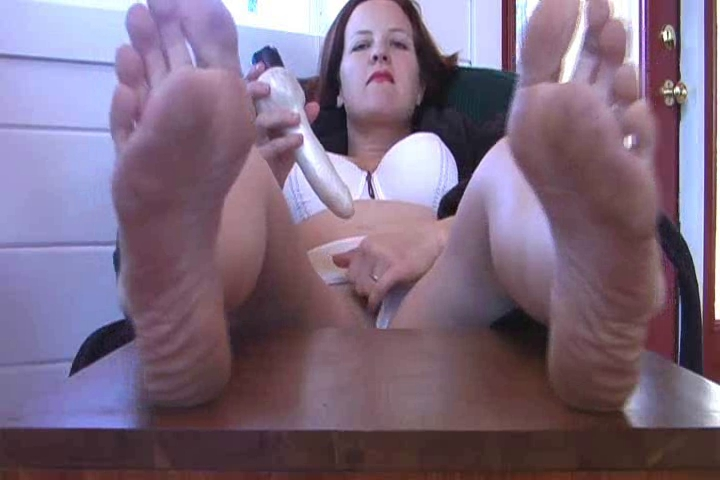 Mama Coarse Feet & Toy Twin sister fucking sex