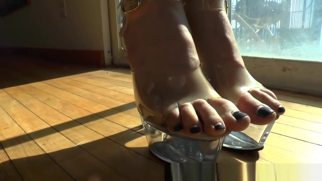 Booty Ho Feet Played With mom porn gear vr
